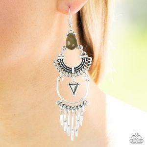 Jewelry - Progressively Pioneer - Green | Earrings